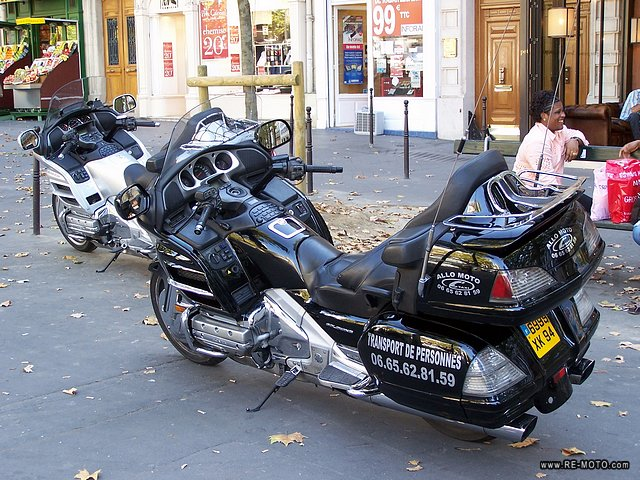 The modest moto-taxis of Paris.