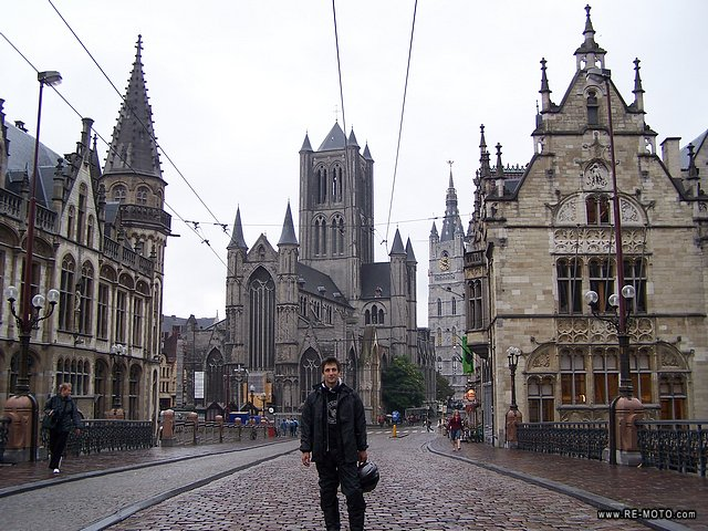 With Ghent we discovered another beautiful city, although less touristy than Bruges.